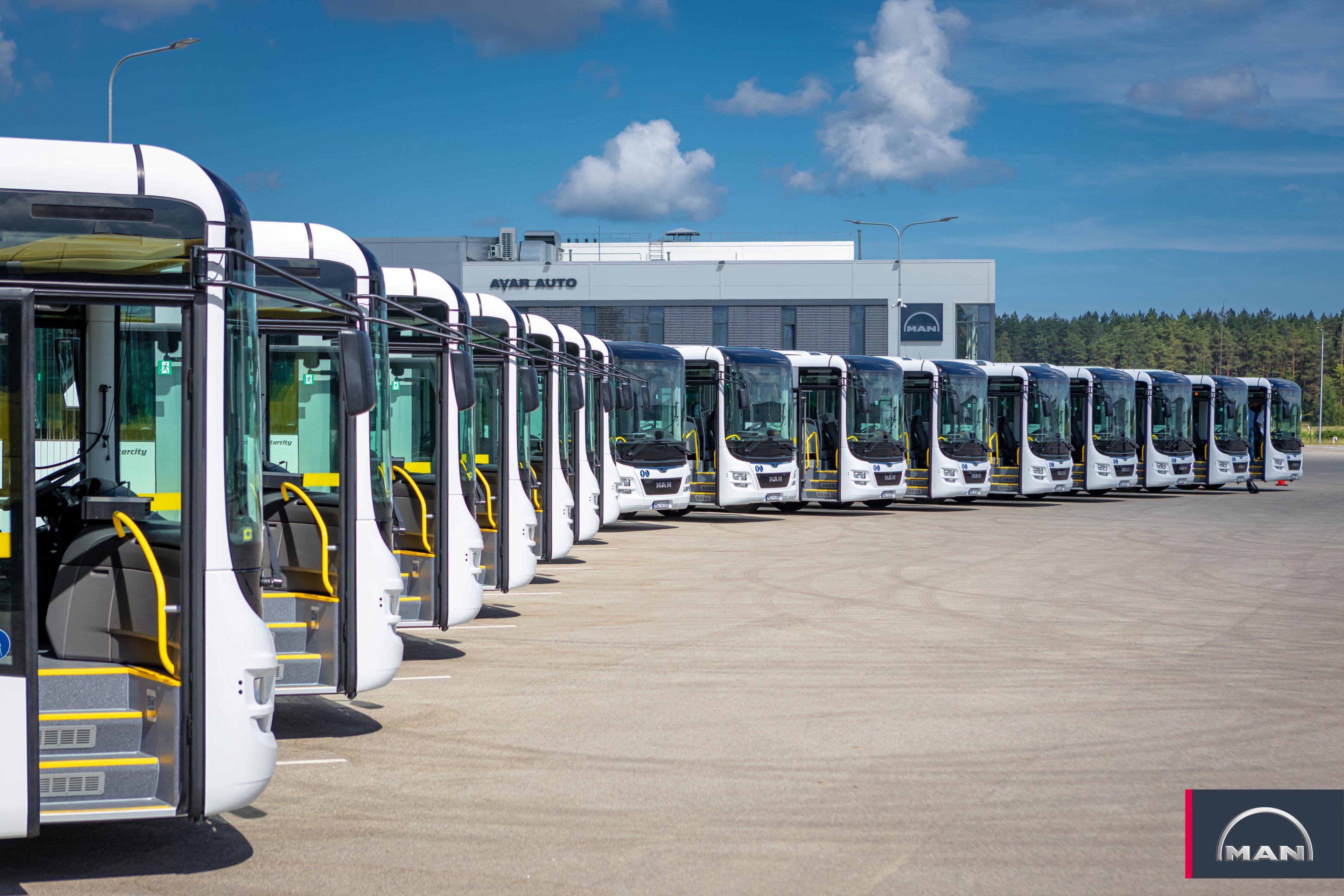 """SIA """"AVAR AUTO"""" atzīts par atbilstošāko pretendentu Daugavpils autobusu parka iepirkumā par jaunu autobusu iegādi."""